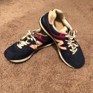 Shoes - Classic Style New Balance Shoes